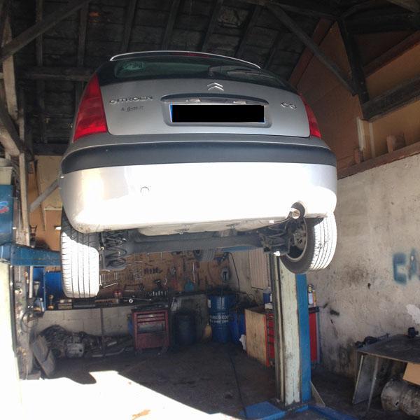 Garage et pneu tarascon sur ari ge foix ax les thermes for Garage autoservices les ulis